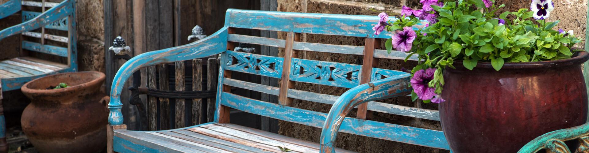 ספסל עתיק