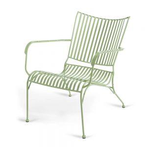כסא נוח נמוך מברזל ירוק