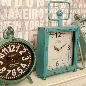 שעון שולחני רטרו