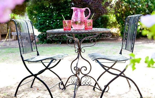 פינת ישיבה מברזל לגינה