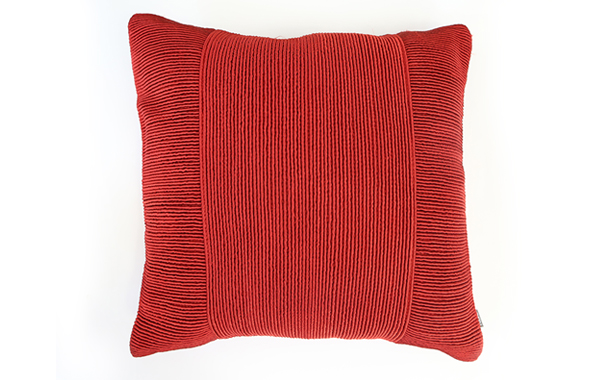 כרית נוי אדומה